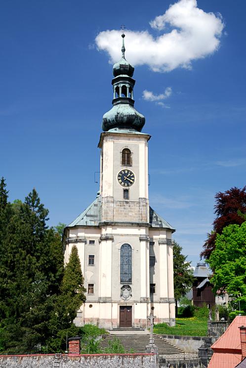 11 Krásná Lípa - kostel sv. Máří Magdaleny, foto J.Laštůvka