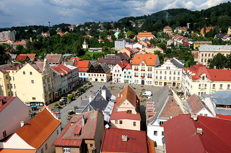 17 Česká Kamenice - historické centrum z vyhlídkové věže, foto J. Laštůvka